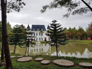 Looking for accommodation in a beautiful villa pason